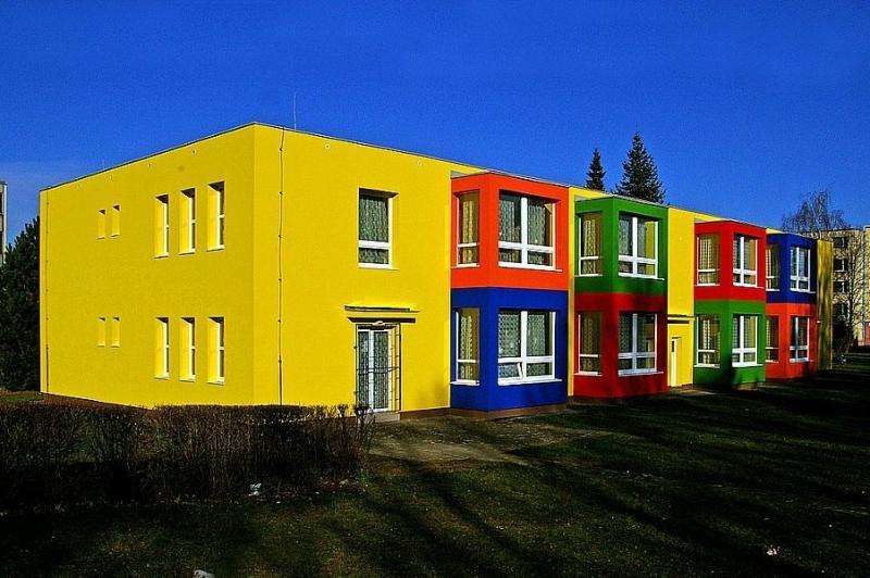 наружная покраска детского сада