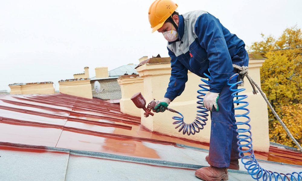 окрашивание крыши на высотном доме