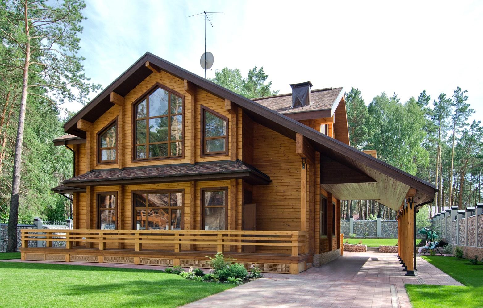 Облицовка деревянного дома