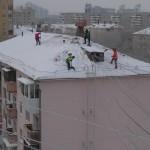 Очистка от снега кровель в Раменском