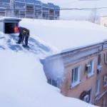 Очистка от снега кровель в Видном