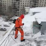 Очистка от снега кровель в Щёлково