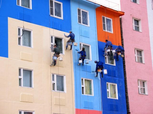 Покраска фасада высотниками