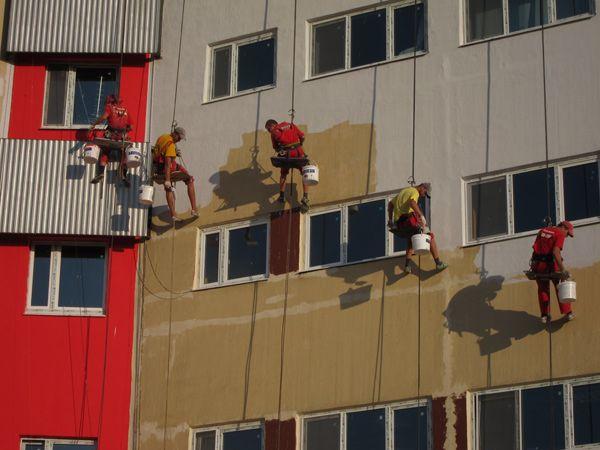 окрашивание фасада здания