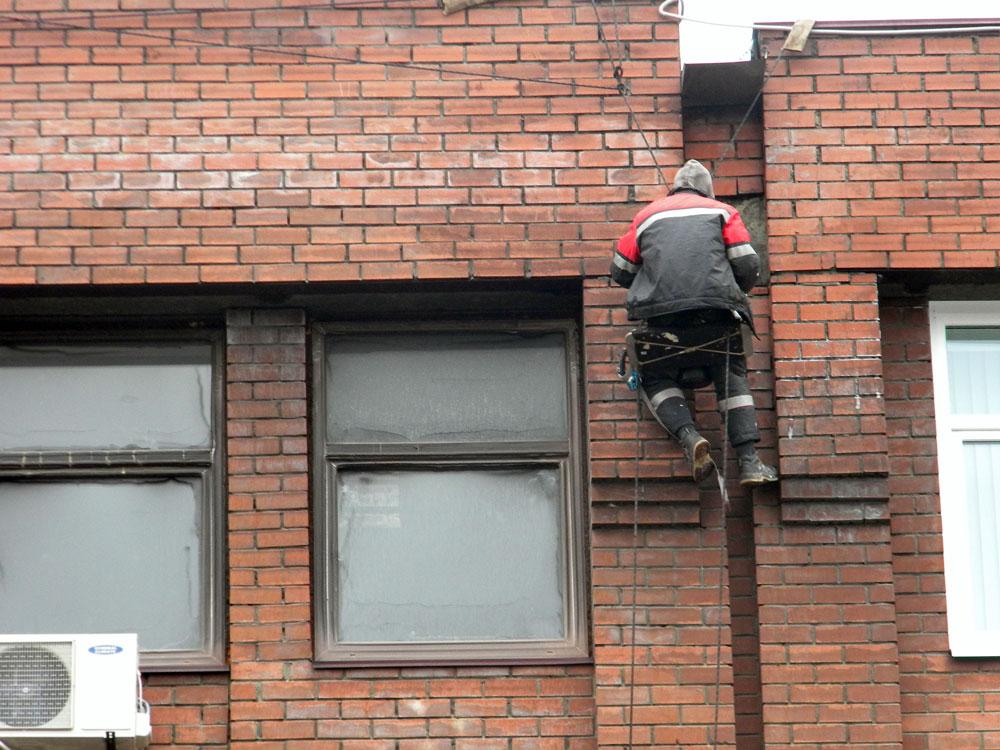 чистка бетонной поверхности