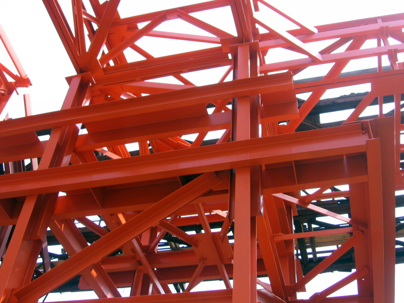 покраска конструкций металлической фермы