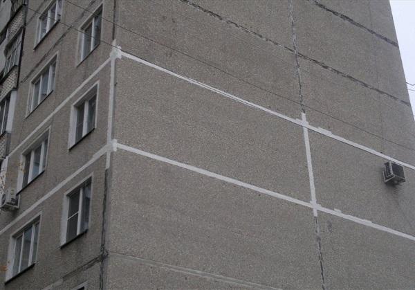 Стоимость герметизации швов окон