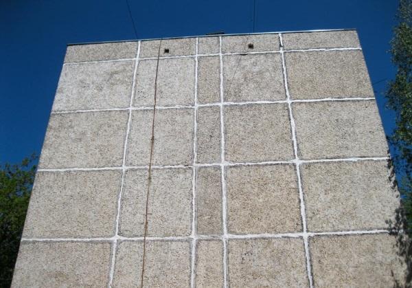 Заделка швов в панельных домах