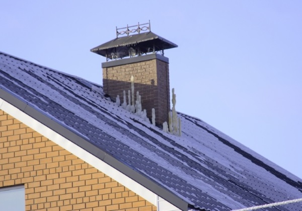 Примыкание дымохода к крыше